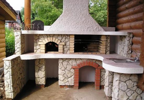 Печь для беседки (59 фото): готовые проекты конструкций с печкой ... | 382x550