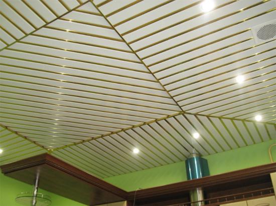 Реечные потолки для ванной (39 фото монтаж) Монтаж реечного потолка без вставки своими руками