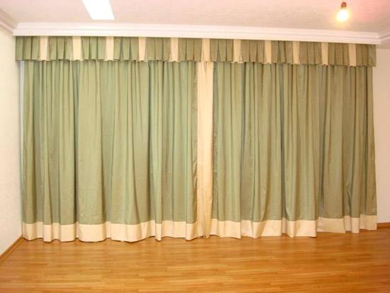 Карнизы для шторы зала дизайн